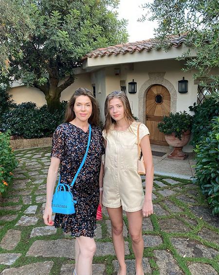 Александра Новикова и Feduk отдыхают на Сардинии Звезды,Звездные пары