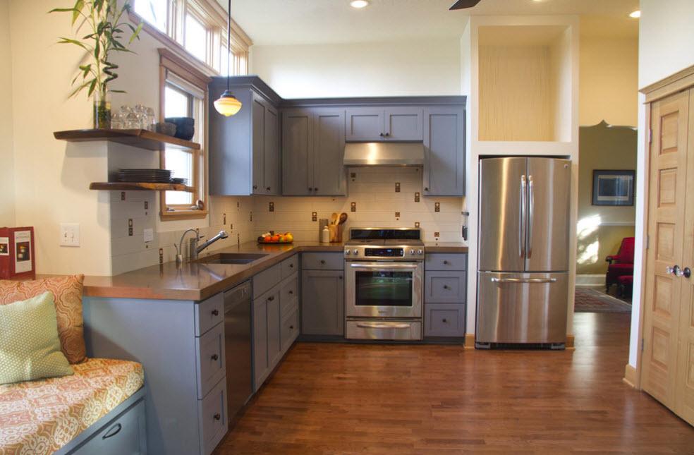 Для кухни с высоким потолком