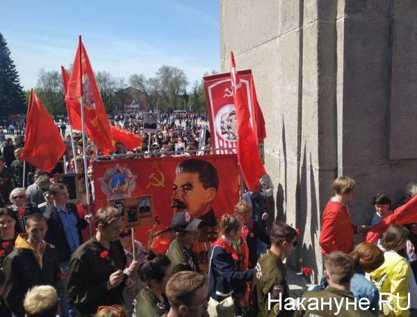 Борьба с памятниками Сталину — отражение классовой борьбы?