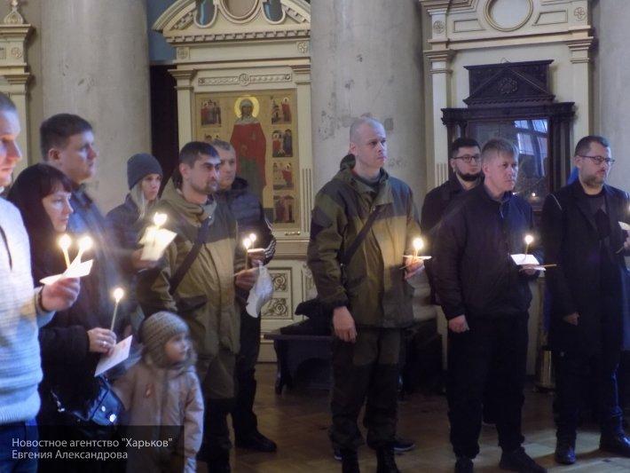 В Донецке проходят траурные мероприятия в память о погибшем главе ДНР Захарченко