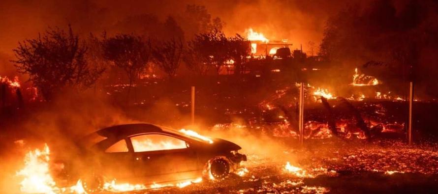 9 знаменитостей, которые потеряли свои дома в калифорнийском пожаре