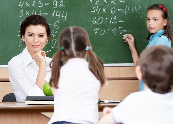 На помощь или во вред учителям