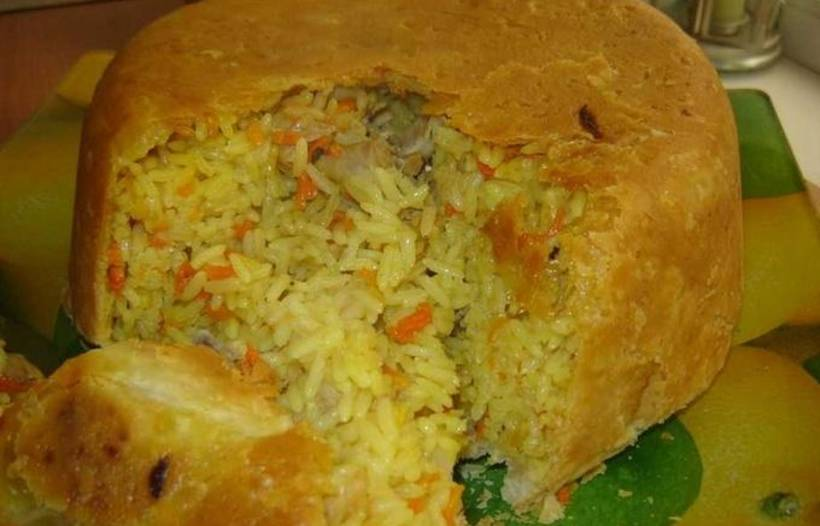 Бочонок из курицы с рисом: оригинально и эффектно