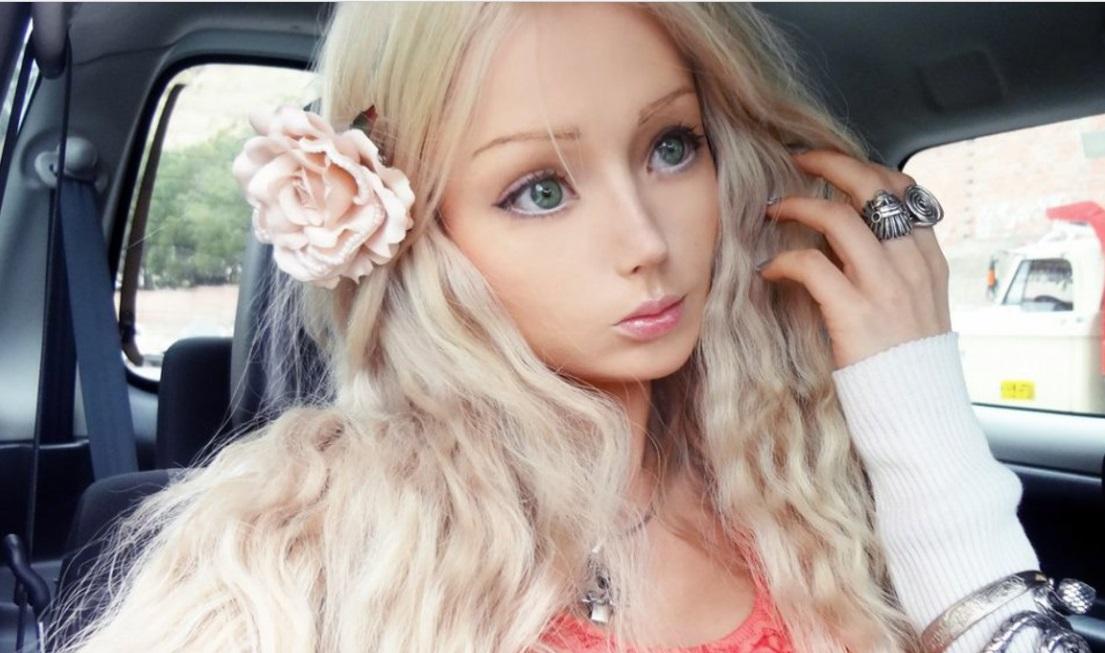 Одесской Барби надоел её кукольный образ и она стала обычной