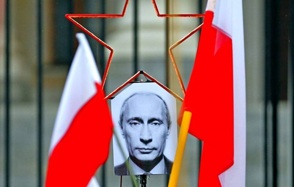 Поляки пробили днище и захотели дружить с Россией