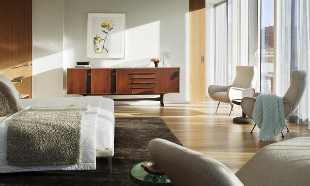 Интерьер светлой спальни в стиле ретро