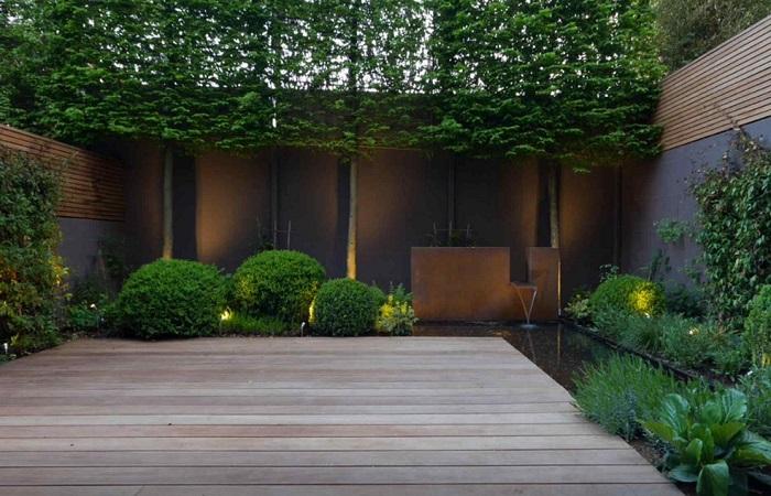 Для создания ландшафтного дизайна небольшого участка важно учитывать все основные правила озеленения.