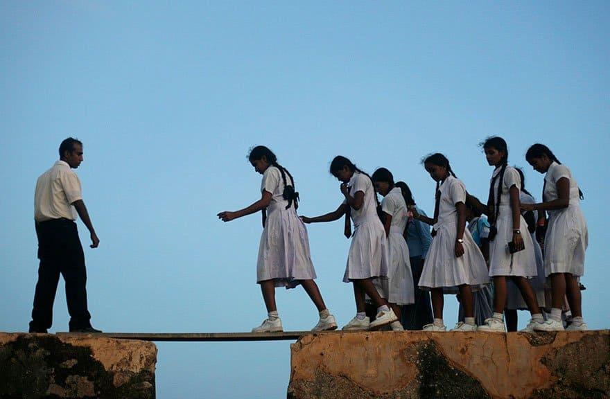 Путешествие в школу: как и на чем дети добираются до места получения знаний в разных странах мира