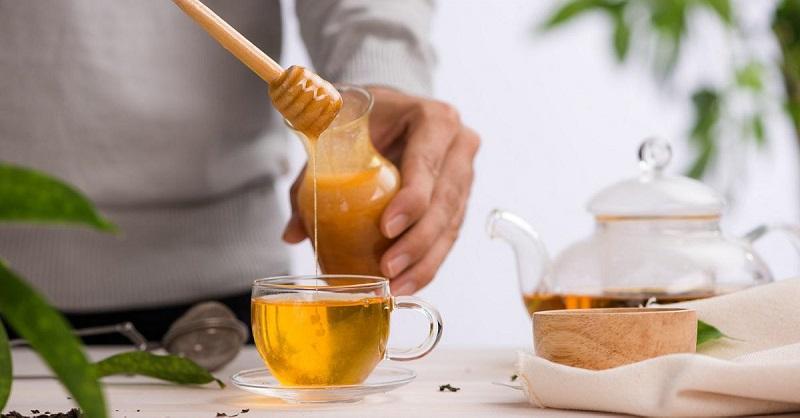 польза воды с медом