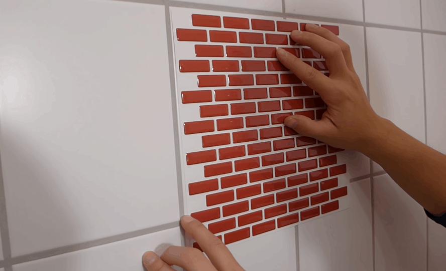 Бюджетное обновление кафельной стены: современный дизайн+практичность