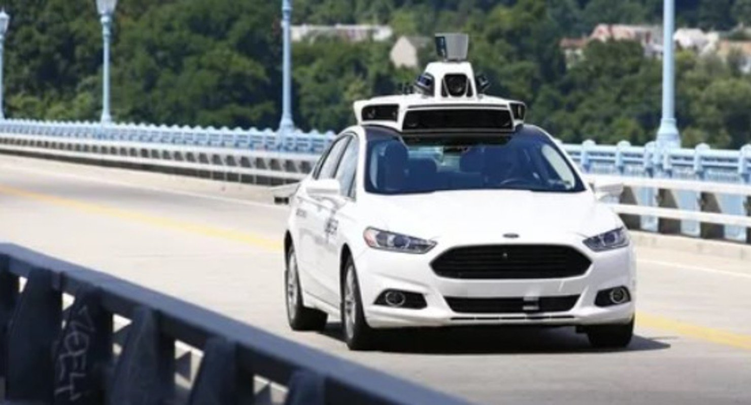 Сервер на колесах: каким будет автотранспорт будущего Автомобили