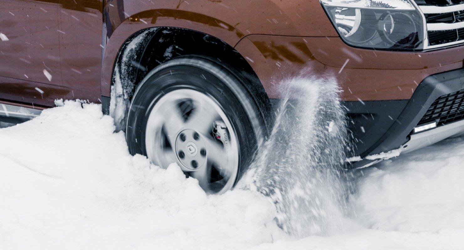 Пробуксовка в снегу — способы выбраться из сугроба на автомобиле с МКПП и АКПП Автомобили
