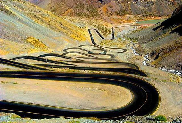 Топ-5 необычных дорог в мире