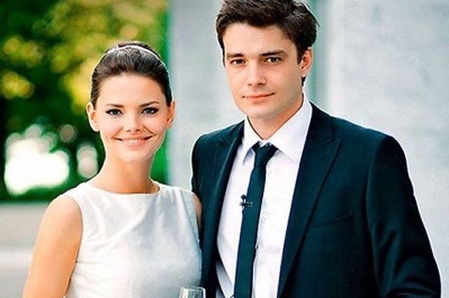 Лиза Боярская трогательно поздравила Максима Матвеева с 10-й годовщиной свадьбы Звездные пары