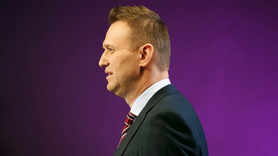 Навальный заявил о личной причастности Путина к его отравлению Политика