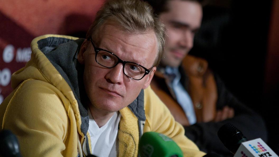 Пьеха:  Алексея Серебрякова надо лечить, он больной