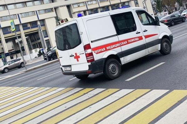 В России ужесточили ответственность за непропуск машин скорой помощи