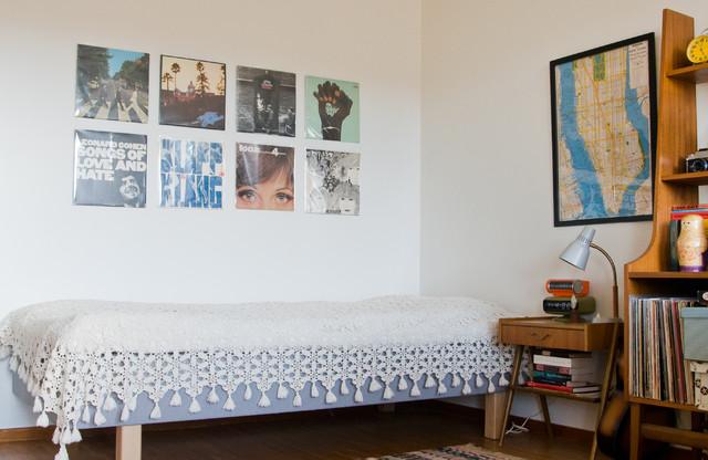 Маленькая спальня в ретро стиле