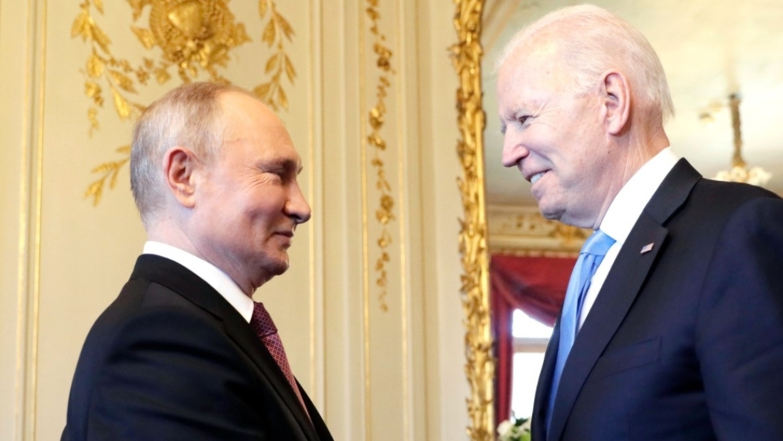 Политолог раскрыл секрет, что на самом деле заставило Байдена позвонить Путину Политика