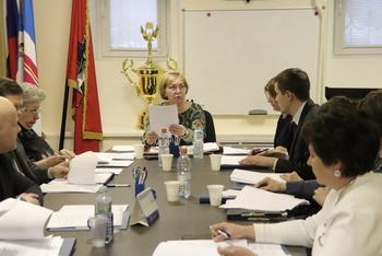 Коммунист и эсер попросили лишние подписи у независимых муниципальных депутатов