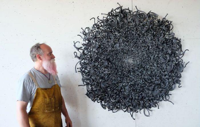 Забей на все: Американец превращает обычные гвозди в диковинные скульптуры
