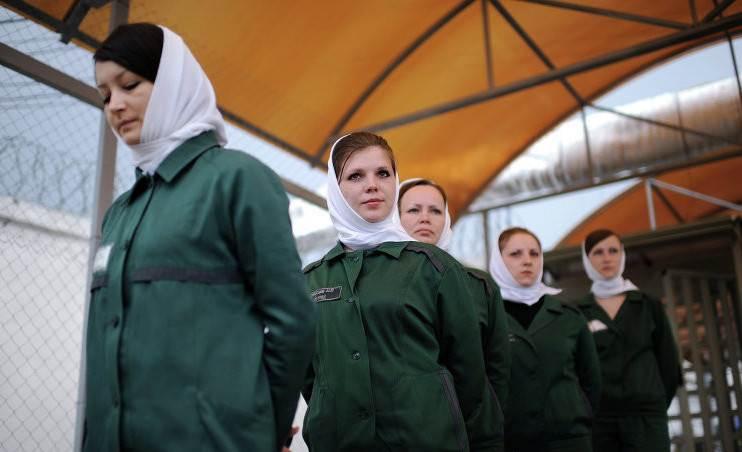 В ОП рекомендуют женщинам не превышать пределы самообороны при нападении насильника