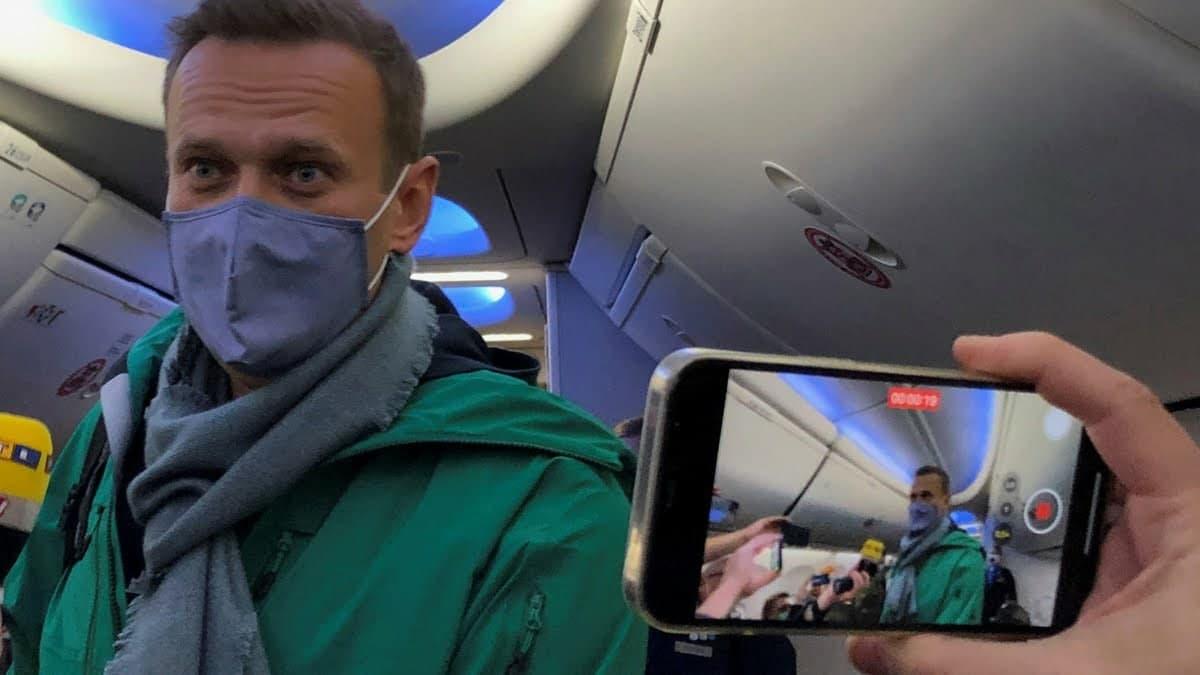Алексей Навальный пробудет на 140-дневном карантине со дня прибытия в Москву юмор