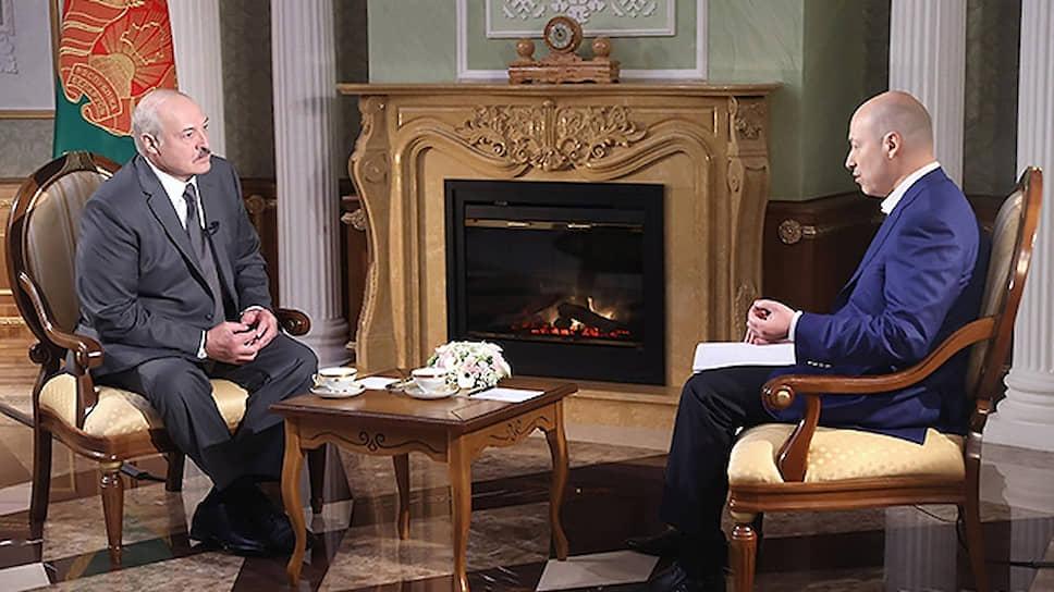 Журналист Гордон сообщил о согласии Лукашенко выдать Киеву задержанных россиян
