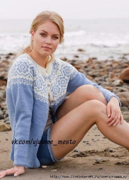 Стильные жакет и свитер спицами
