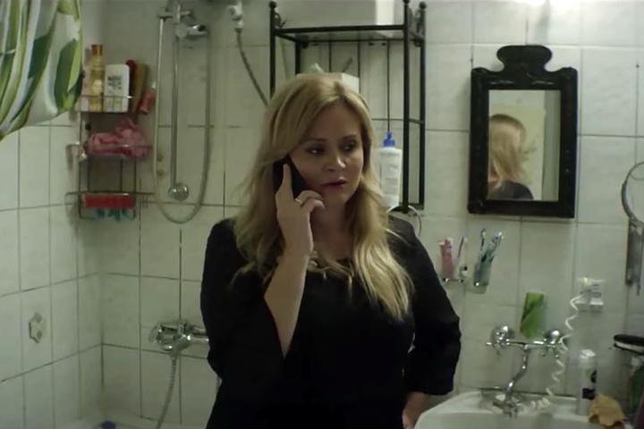 Что скажешь на это, Netflix: У Михалковой – бордель, у Цыганова – суицидальная депрессия