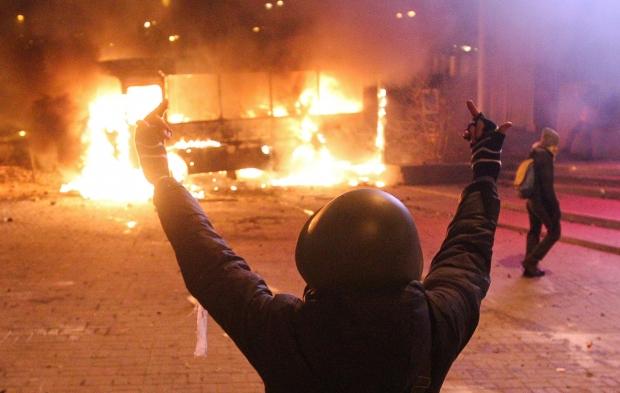 В Киеве гудит набат тевтонский...