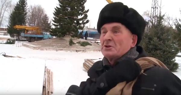 Возмутившийся ёлочкой пенсионер захотел стать мэром Бийска с зарплатой 50 тысяч рублей