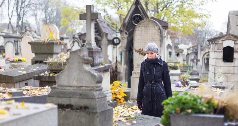 Красная горка: если семья идет на кладбище 15 апреля, не допускайте губительных ошибок