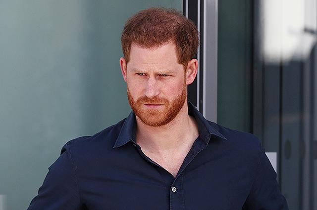 """Принцу Гарри приходится трудно в США: """"Его переполняет чувство вины"""""""