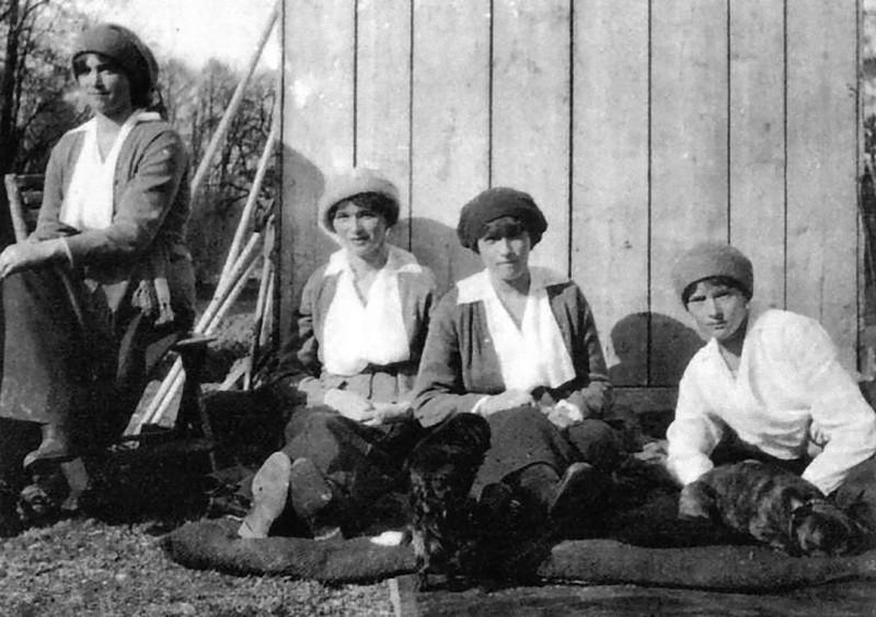 Как семья Романовых жила последние дни перед трагической казнью