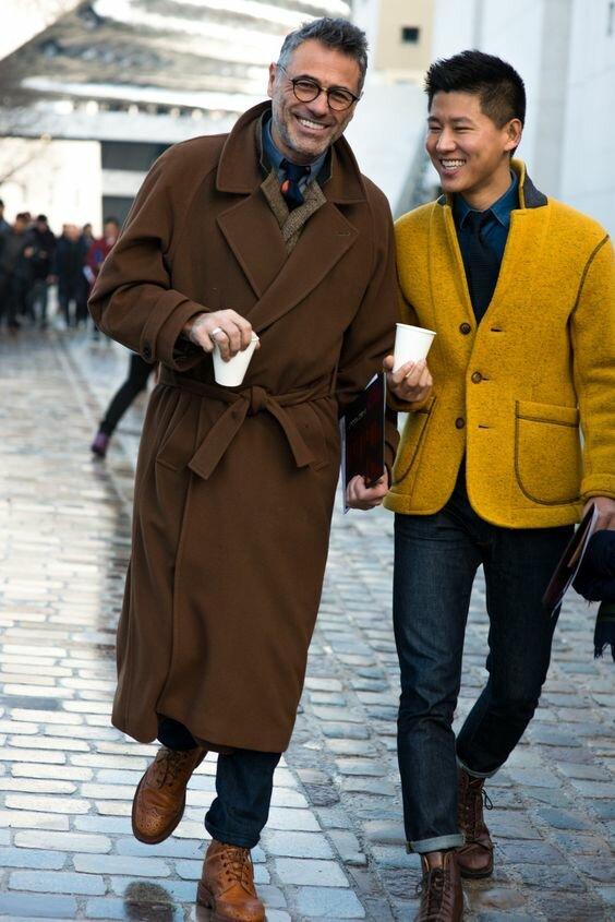 Под классическое пальто можно надеть тонкую дутую куртку, чтобы не замерзнуть. /Фото: i.pinimg.com