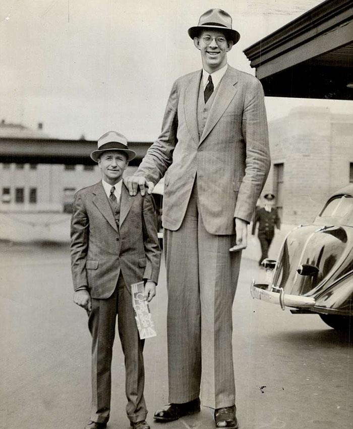 Насколько был огромным Роберт Уодлоу — самый высокий человек в истории