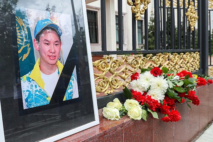 Алексей Ягудин снял передачу в память о друге Денисе Тене