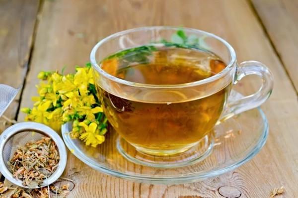 Как укрепить иммунитет и снизить тревожные симптомы при помощи травяного чая