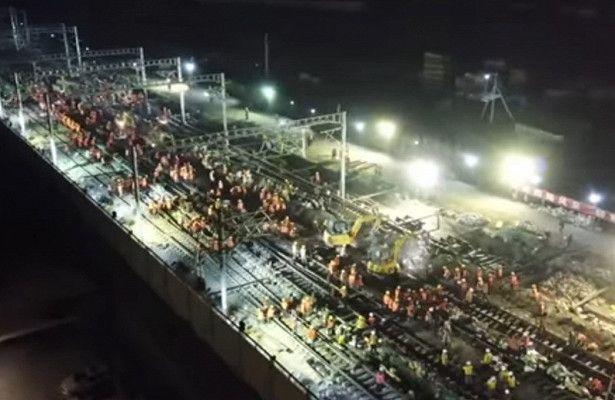 В Китае за 9 часов построили новую железнодорожную развязку
