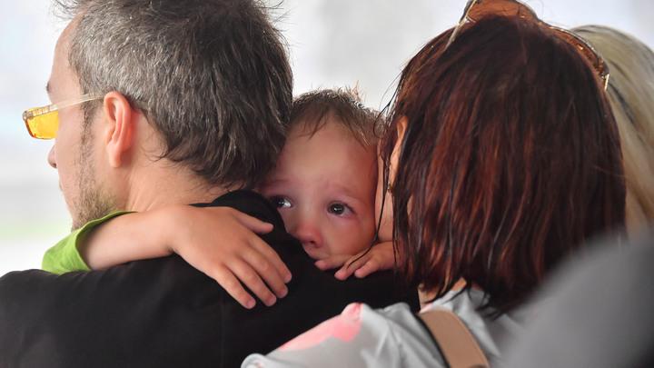 Лишить детей, жилья и прав: Монстр опеки пожирает русские семьи россия