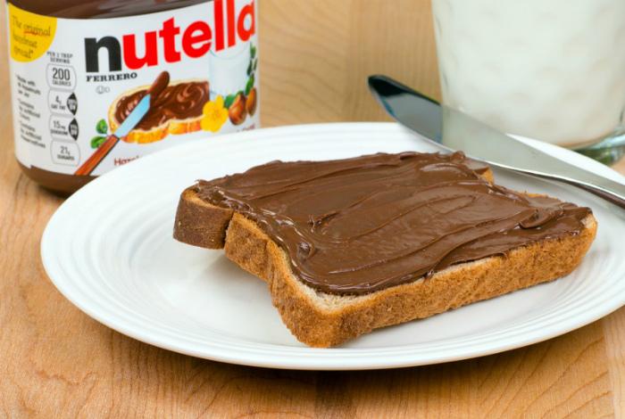Шоколадная паста «Nutella».