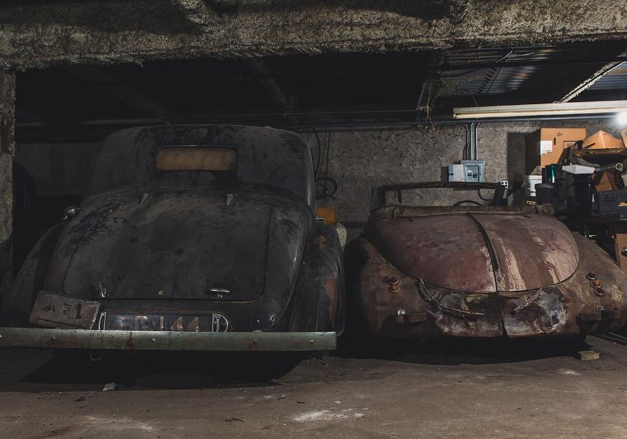 На нью-йоркской парковке нашли редкие машины, простоявшие там 40 лет