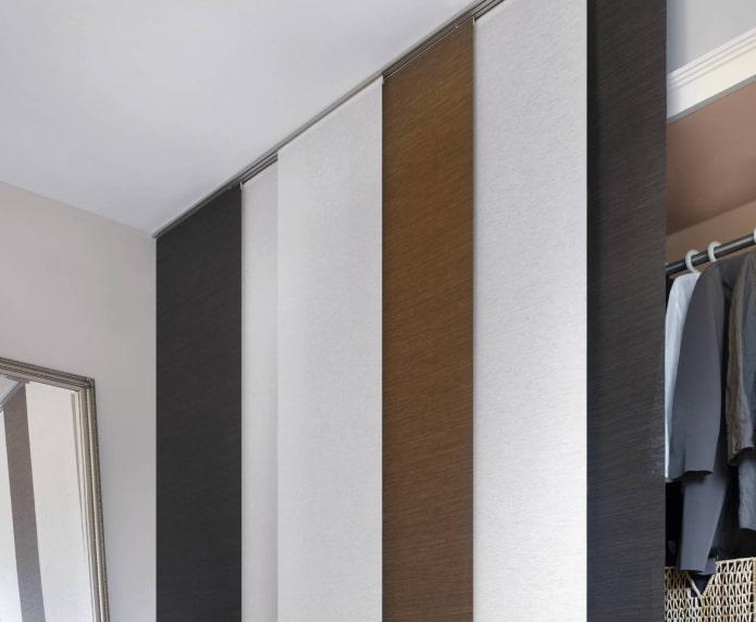 японские полотна панели в гардеробной