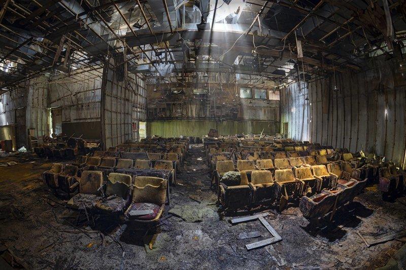 Кина не будет, или заброшенные кинотеатры