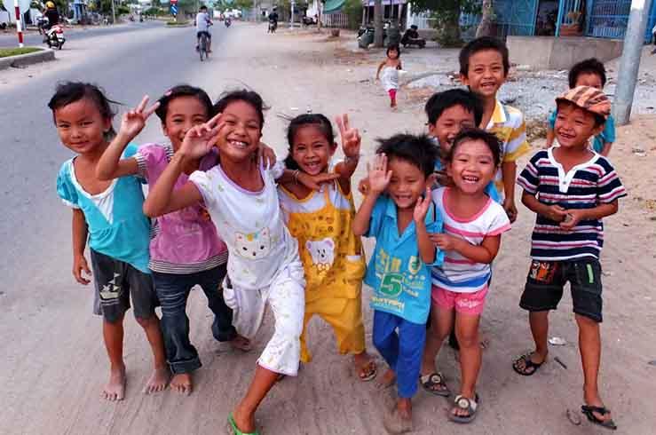С вами вьетнамцы пообщаются с улыбкой