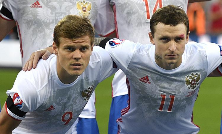 """Решетка футболу не помеха: как Кокорин и Мамаев продолжают спортивную карьеру в """"Бутырке"""""""