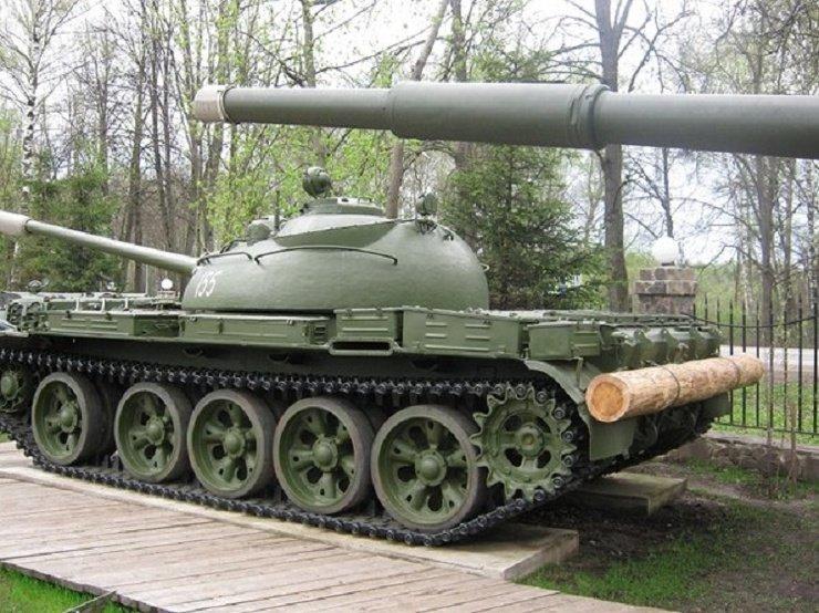 Зачем танк возит с собой бревно