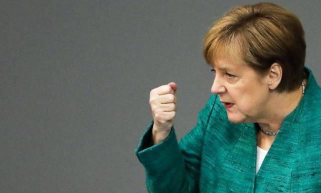 Меркель: Из-за Трампа всем —…