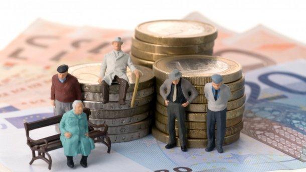 Более миллиона человек подписали петицию против повышения пенсионного возраста в России